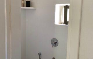 Small bedroom Bathroom